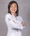 Yang Yu Fang: Oftalmologista