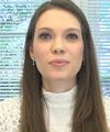 Larissa Hanauer De Moura: Dermatologista