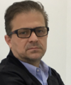Rogerio Bertevello: Dentista (Clínico Geral), Dentista (Ortodontia), Estomatologista e Implantodontista