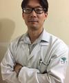 Roger Katsuyoshi Toshimitsu: Ortopedista