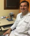 Adriano Dias De Oliveira: Dermatologista
